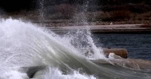 Ξεπέρασαν ακόμη και τα 140 χιλιόμετρα την ώρα οι ριπές του ανέμου στο Αιγαίο