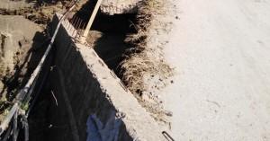 Κλειστός ο δρόμος στο Πατελάρι - Κατέρρευσε η γέφυρα (φωτο)