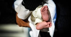 Φρίκη: Διαπιστώθηκε σεξουαλική κακοποίηση σε βρέφος 5 μηνών - Συνελήφθη ο πατέρας