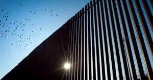 Το Πεντάγωνο εκταμιεύει 1 δισ. δολάρια για το τείχος στα σύνορα με το Μεξικό