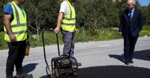 Ο Δήμος Ηρακλείου συνεχίζει τις ασφαλτοστρώσεις