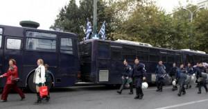 Σε κλοιό ασφαλείας οι παρελάσεις στη χώρα -1.600 αστυνομικοί στην Αθήνα