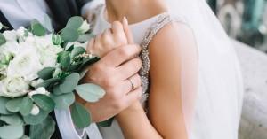 Έμαθε ότι έχει καρκίνο μία εβδομάδα πριν από τον γάμο