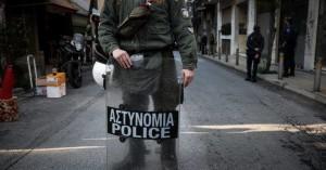 Αστυνομική επιχείρηση στα Εξάρχεια:Γνωστός στην ΕΛΑΣ για υποθέσεις ναρκωτικών ο συλληφθείς