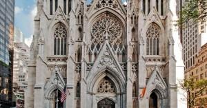 Ν. Υόρκη: 37χρονος μπήκε στον καθεδρικό του Αγ. Πατρικίου με βενζίνη και αναπτήρες