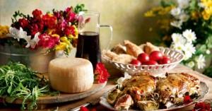 Πασχαλινό τραπέζι 2019: Το κόστος για το τυπικό καλάθι με αρνί και κατσίκι