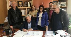 Γάζι: Υπογραφή σύμβασης για εργασίες συντήρησης σχολικών κτιρίων