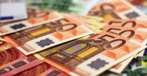 «Μπαράζ» πληρωμών τις επόμενες ημέρες σε συντάξεις και επιδόματα