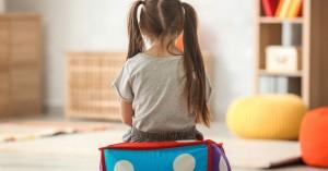 Αυτισμός: Τα σημάδια που (πρέπει να) ανησυχούν τους γονείς