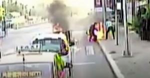 Σοκαριστικές εικόνες: Οδηγός λεωφορείου έσωσε άνδρα που καιγόταν (βίντεο)