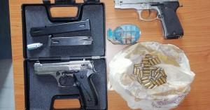 Πιστόλια, γεμιστήρα, χειροβομβίδα και κάλικες βρήκαν στην κατοχή 44χρονου στα Χανιά