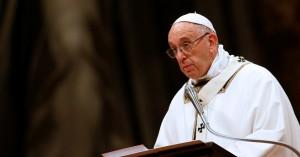 Η ιταλική ακροδεξιά επιτίθεται στον Πάπα για τη στάση του στο προσφυγικό