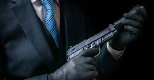 Αστυνομικός έβαλε εκτελεστή να σκοτώσει τον πρώην σύζυγό της & την κόρη του συντρόφου της
