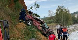 Θανατηφόρο τροχαίο στα Χανιά - Αυτοκίνητο έπεσε από γέφυρα (βίντεο + φωτο)