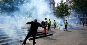 Στους δρόμους ξανά τα «Κίτρινα Γιλέκα» - Αισθητά μειωμένη πια συμμετοχή