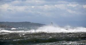 Καιρός: Ισχυροί άνεμοι και 35άρια, υψηλός κίνδυνος για πυρκαγιά