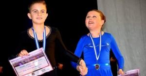 Βίντεο: Η Αναστασία έχασε το φως της στα 3 της χρόνια - Από τότε δεν σταμάτησε να χορεύει
