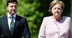Δείτε την Μέρκελ να τρέμει δίπλα στον Ουκρανό πρόεδρο