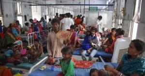 Τουλάχιστον 129 παιδιά νεκρά από οξεία εγκεφαλίτιδα σε πόλη της Ινδίας