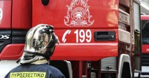 Φορτηγό τυλίχτηκε στις φλόγες