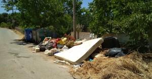 Εικόνες αδιαφορίας, ντροπής και κινδύνων στα Χανιά (φωτο)