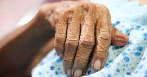 Αδιανόητο: 27χρονος ληστής προσπάθησε να βιάσει 86χρονη