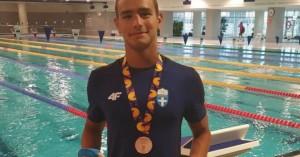Χάλκινο μετάλλιο με πανελλήνιο ρεκόρ ο Κάχρης