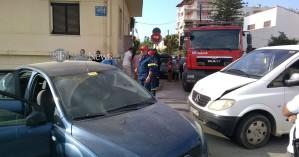 Σφοδρή σύγκρουση δύο οχημάτων σε διασταύρωση στα Χανιά (φωτο)