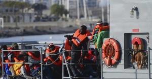 Η Τουρκία συνέλαβε 330 μετανάστες που πήγαιναν στη Λέσβο