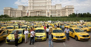 Τι αποκαλύπτουν δύο κολοσσοί των εφαρμογών ταξί για το μποτιλιάρισμα