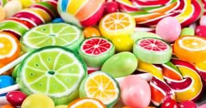 Βρετανία: Έκκληση οδοντιάτρων για αποκλεισμό των ζαχαρωδών από τα σχολεία