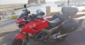 «Βγήκε» στους δρόμους η μοτοσικλέτα του ΕΚΑΒ στο Ηράκλειο