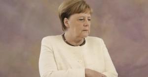 Μέρκελ: Κανένας κίνδυνος από τους ισλαμιστές που απελαύνει η Τουρκία