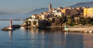 Κορσική: Τραγικό τέλος για Ελβετό τουρίστα -Βούτηξε σε ποτάμι και κόλλησε στον πυθμένα