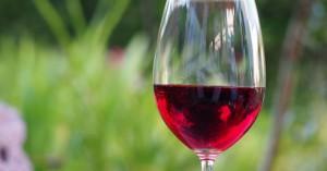 Εκδήλωση στο ενετικό λιμάνι Χανίων για το ρωμέικο κρασί της δυτικής Κρήτης