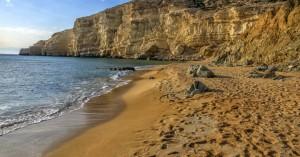 Απαγορεύεται το μπάνιο σε όλες τις παραλίες των Χανίων