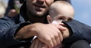 Από την… αλητεία στην πατρότητα και μάλιστα πριν τα 30