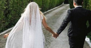 «Θέλω να μοιραστώ μαζί σας μια πανέμορφη στιγμή της ζωής μου» - Παντρεύτηκε η Ε. Ράπτη
