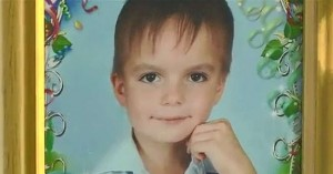 Σοκ: Οκτάχρονο αγοράκι αυτοκτόνησε γιατί δεν άντεχε την κακοποίηση από τους γονείς του!