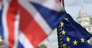 Η Goldman Sachs αυξάνει στο 65% τις πιθανότητες για συντεταγμένο Brexit