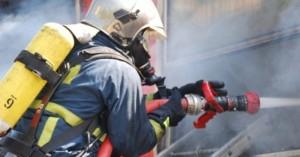 Συναγερμός τα ξημερώματα μετά από φωτιά σε ξυλουργείο στο Ηράκλειο