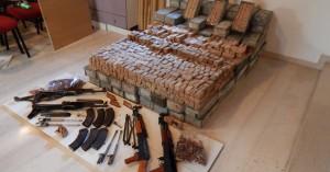 Μετέφεραν τα όπλα μαζί με τριφύλλια - Μεγάλη σπείρα εξαρθρώθηκε στην Κρήτη (φωτο+βιντεο)