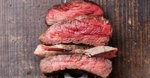 Κρέας από το εργαστήριο θα βρίσκεται τα επόμενα χρόνια στα ράφια των σούπερ μάρκετ