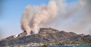 Ζάκυνθος: Εκκενώθηκε ξενοδοχείο στο Κερί λόγω της πυρκαγιάς