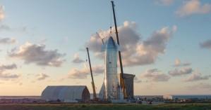Αυτό είναι το ''αστρόπλοιο'' που θα ταξιδέψει σε Σελήνη και Άρη