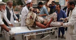 Τουλάχιστον 62 νεκροί και πάνω από 100 τραυματίες από εκρήξεις σε τζαμί στο Αφγανιστάν