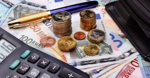 Νέο τοπίο στη φορολογία από το 2020 - Έρχονται ελαφρύνσεις 1,2 δισ. ευρώ