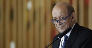 Ο γάλλος υπ. Εξωτερικών ακύρωσε την παρουσία του στον ποδοσφαιρικό αγώνα Γαλλίας-Τουρκίας
