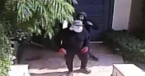 Σπείρα κουκουλοφόρων ληστών σκορπά τον τρόμο στα νότια προάστια