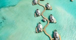 Να πού μπορείτε να μείνετε στις Μαλδίβες αν έχετε 3.000 ευρώ τη βραδιά